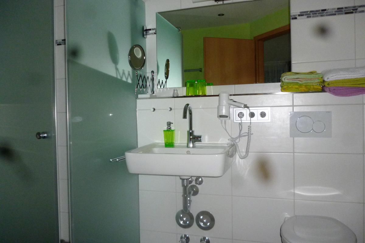 Ferienwohnung Riesling Badezimmer